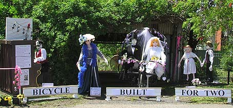 Daisy Bell Scarecrow Display
